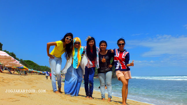 pantai indrayanti tour and travel